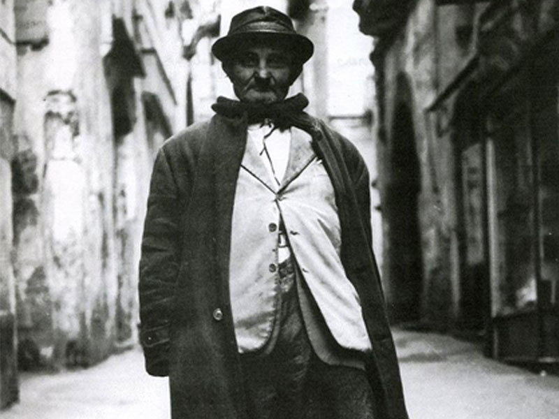 Giacumino pergola bare centro storico salerno 1900